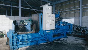 金属圧縮機
