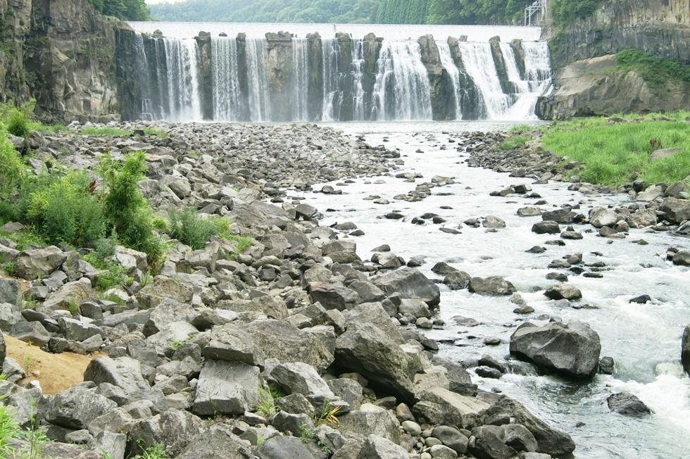 大分県 沈堕の滝(雄滝)